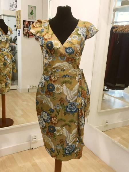 Victory Parade Kleid Hawaiian Dress Golden Crane